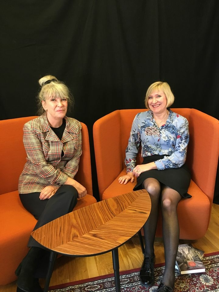 Forfatter Pernille Juhl sammen med redaktør Birgitta Gärtner – 2